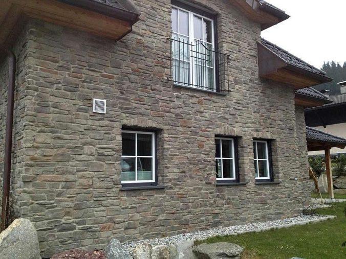 Фасад под замковый стиль