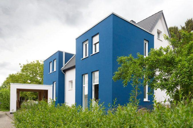 Бело-голубой вариант фасада