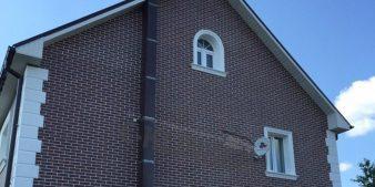 Дом с фасадными термопанелями E-Klinker