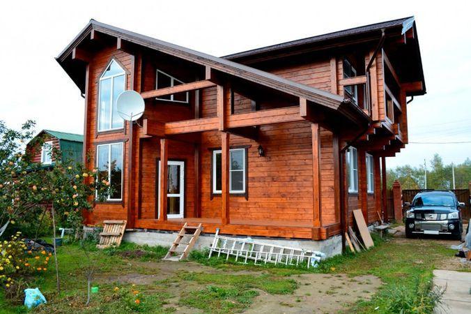 Необычная архитектура дома из бруса