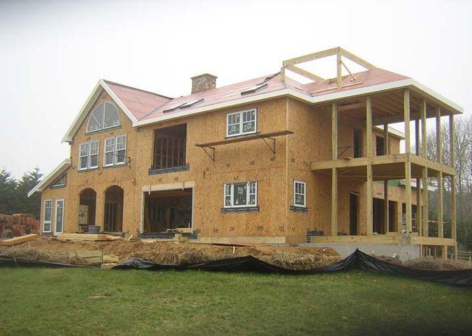 Из СИП-панелей можно строить даже такие огромные дома