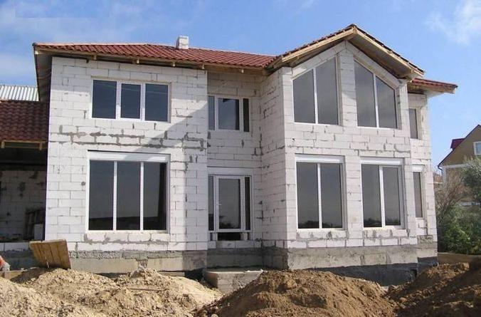 Внешний вид еще не отделанного дома