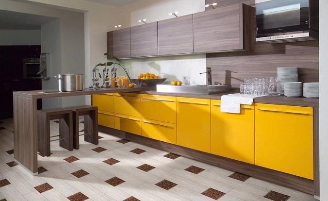 плитка на полу кухни