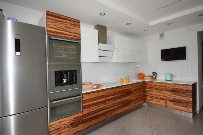 кухня 10 кв. м
