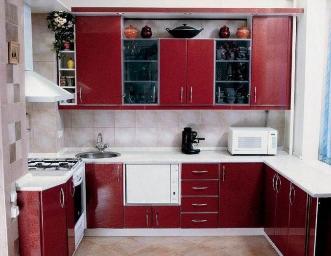 касный цвет на кухне