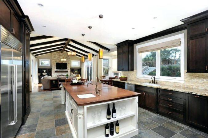 черно белая кухня в доме