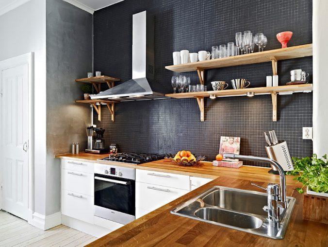 темная стена на кухне